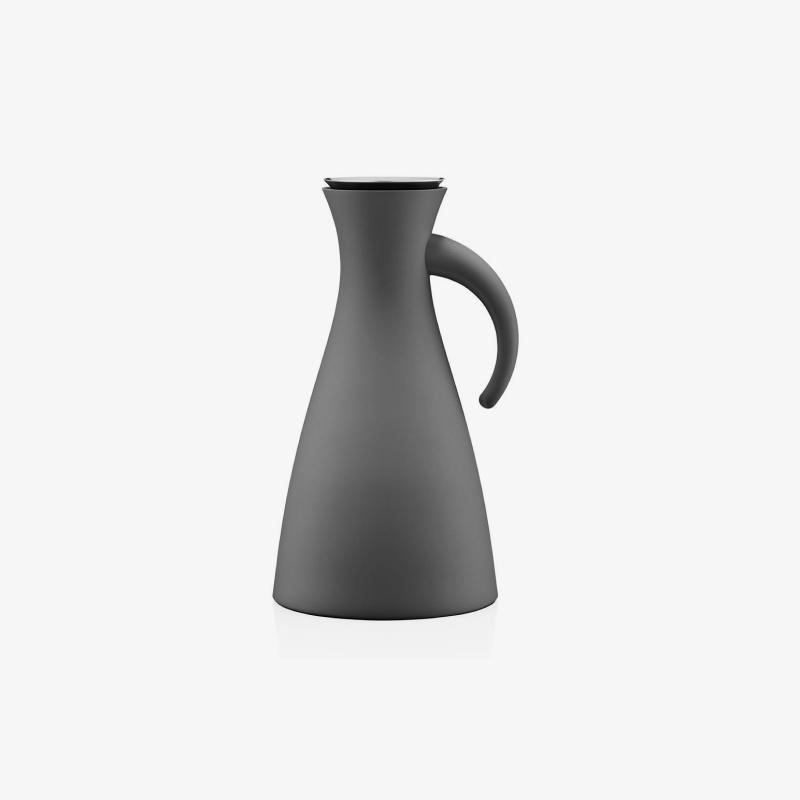 Thermoplastic jug A28